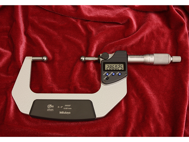Ball micrometer, large balls